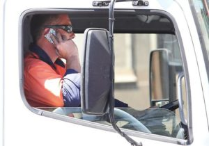 Mobile Phone Usage Rules For Truck Drivers