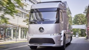 The Worlds First All Electric Truck by Mercedes Benz …. 20 Customers Will Test Drive The Semi Truck