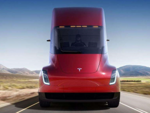 Guillen Speaks About the Details of Tesla's New Electric Trucks
