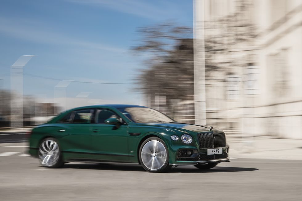 2021 Bentley Flying Spur V-8 Is A Revolutionary Model For The Automaker